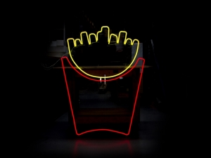 Neon-Fries-(mcdonalds-pop-up)2