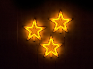 chas-clarckson-flexineon-christmas-2014-stars-led-neonflex