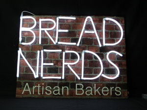 flexineon-neonflex-bread-nerds